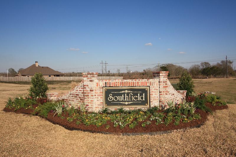 southfield-entrance-close-up