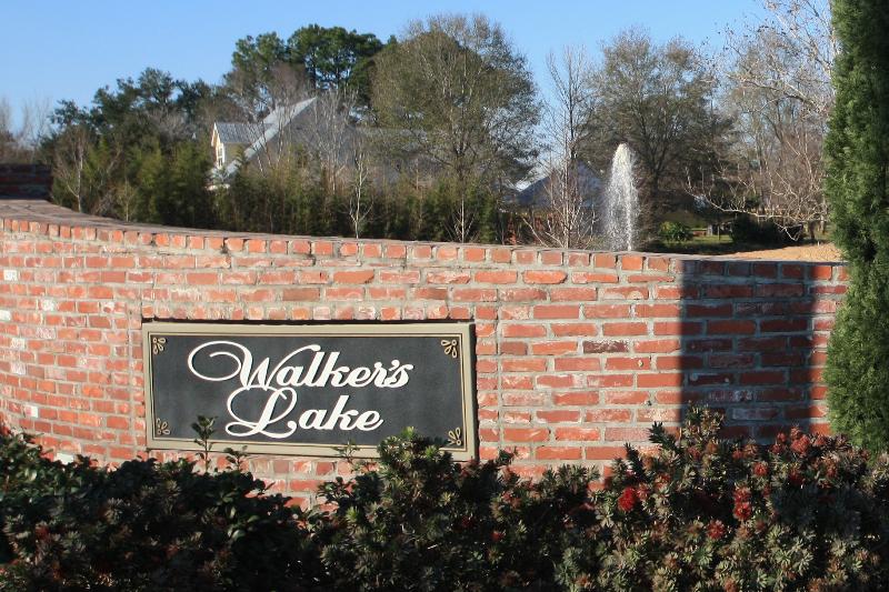 walkers-lake-entrance