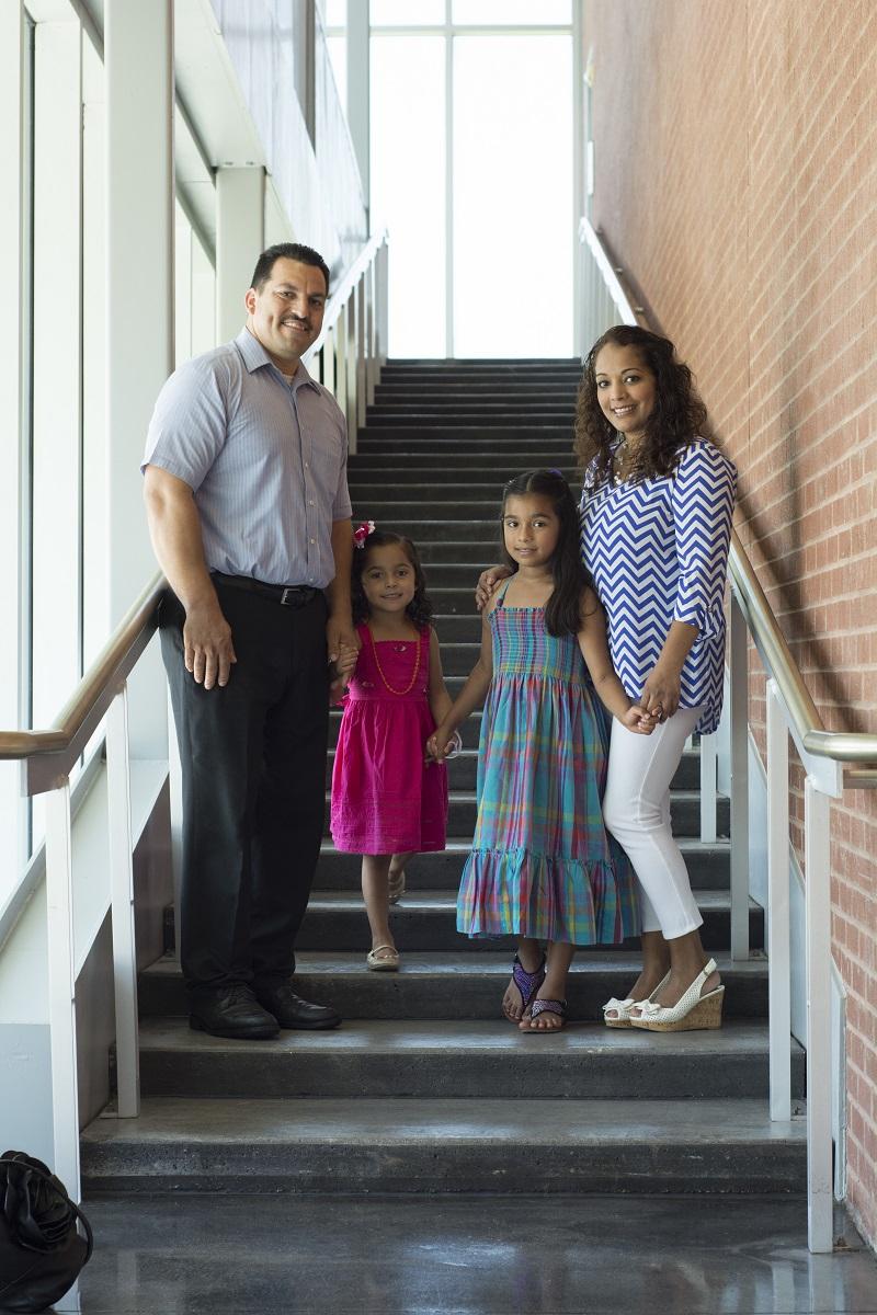 Hernandez Family low res