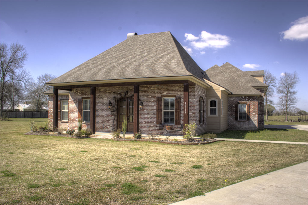 Tmr construction built on quality and workmanship for Acadiana home builders